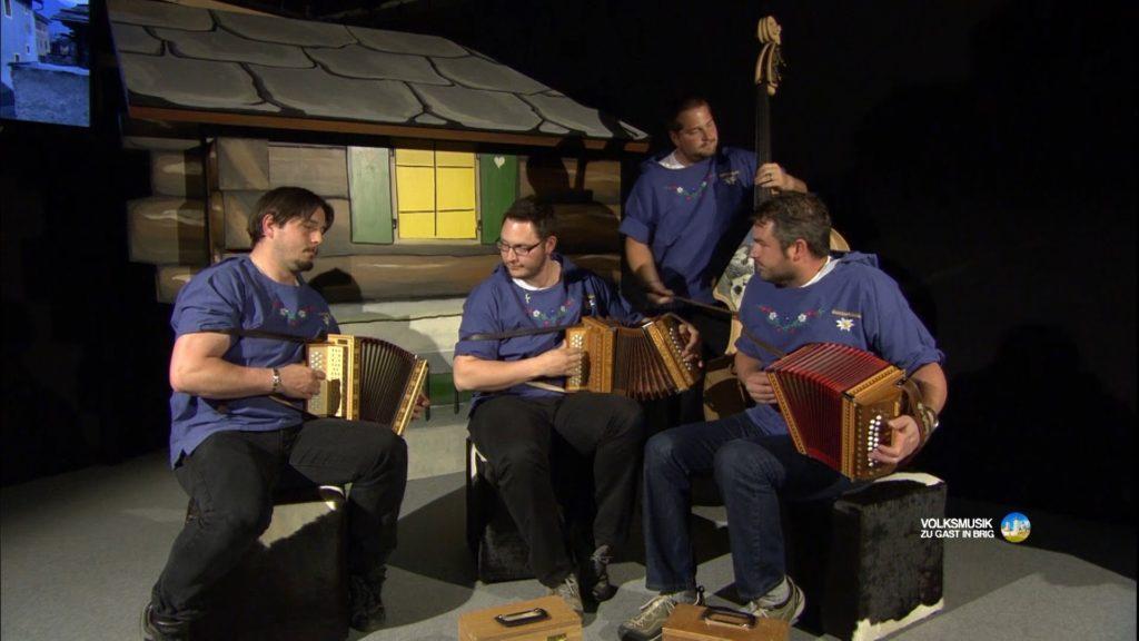 Genderbüäbu / Volksmusik zu Gast in Brig